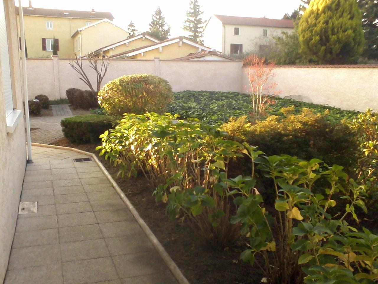 1000 et un jardins paysagiste lyon. Black Bedroom Furniture Sets. Home Design Ideas